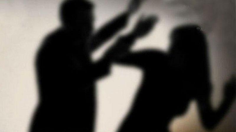 Woman complains against Dinesh Sargada Narol Ahmedabad