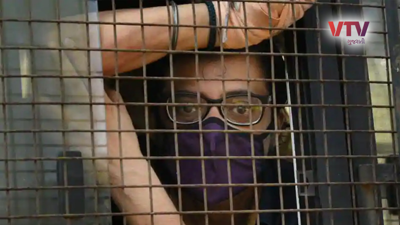 arnab goswami arrested case mumbai