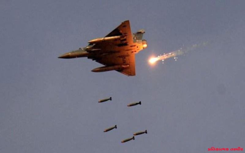 Pakistan fears of air strike not opening air space
