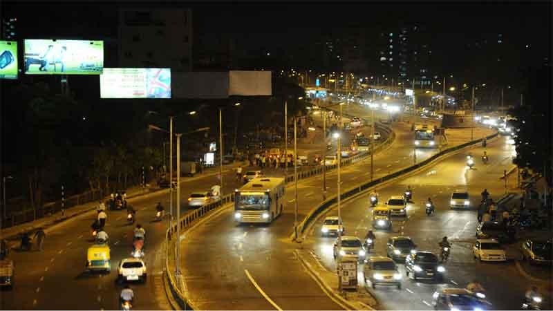 amts can not run on brts corridor in ahmedabad