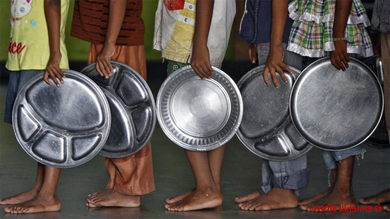 Starvation in India is even higher than Pakistan and Bangladesh, ranking 102 in 117 countries report