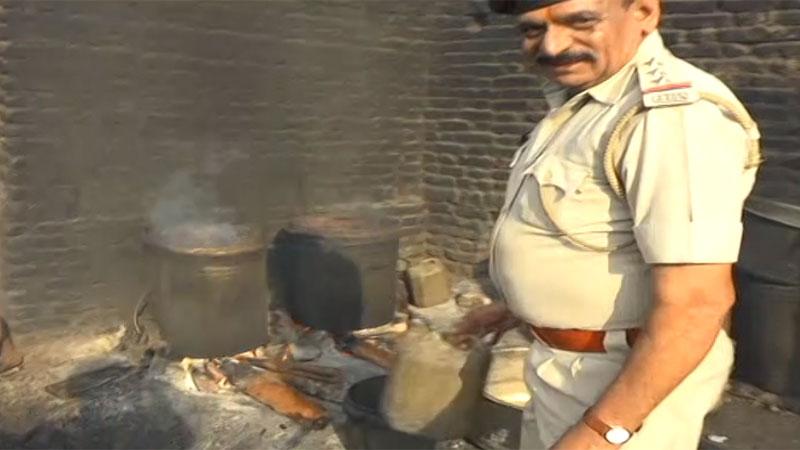 Rajkot Krishna waterpark police raid sog officers alcohol party raid on Alcohol bar