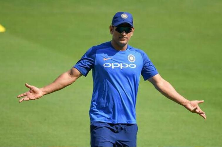 Mahendra Singh Dhoni on retirement speculation Media Reports