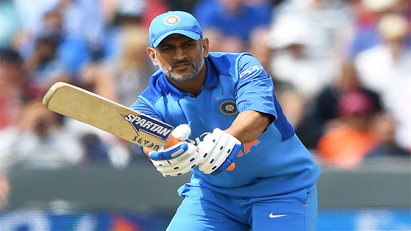 Ms Dhoni S Time Is Up Says Legendary Batsman Sunil Gavaskar