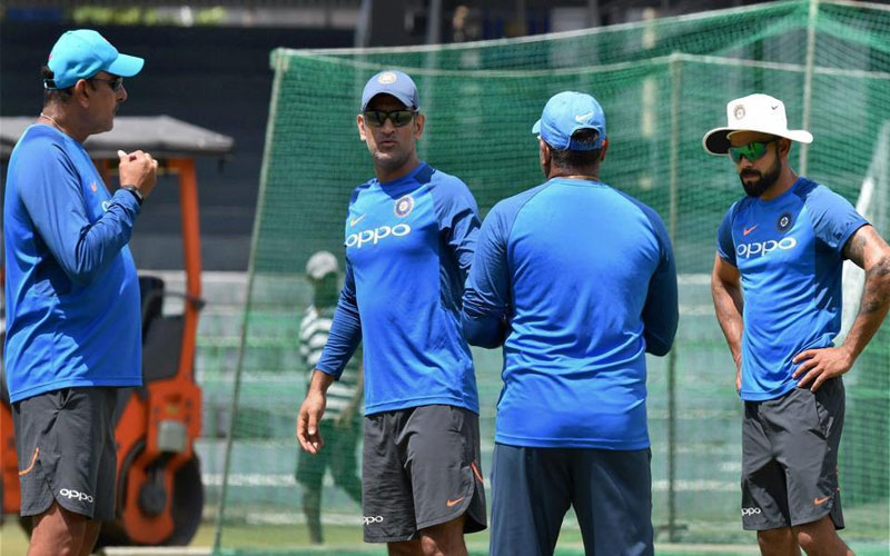 ms-dhoni-unique-punishment-ensured-indian-players-do-not-turn-up-late-for-practice