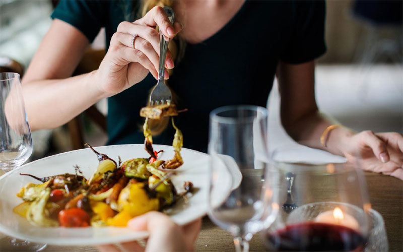 Britishers Eating and Drinking of the harmful to the environment