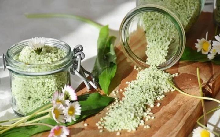 Benefits Of Garlic Salt And How To Make Garlic Salt