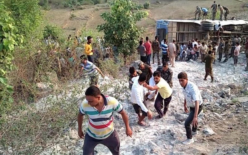 Jharkhand: 6 people killed and 40 injured in bus accident