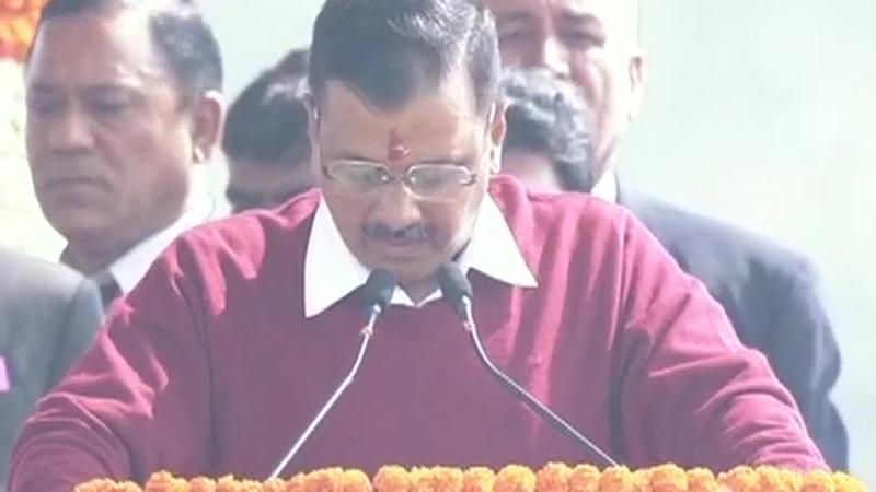 delhi cm arvind kejriwal oath taking ceremony ramlila maidan free policy bjp congress