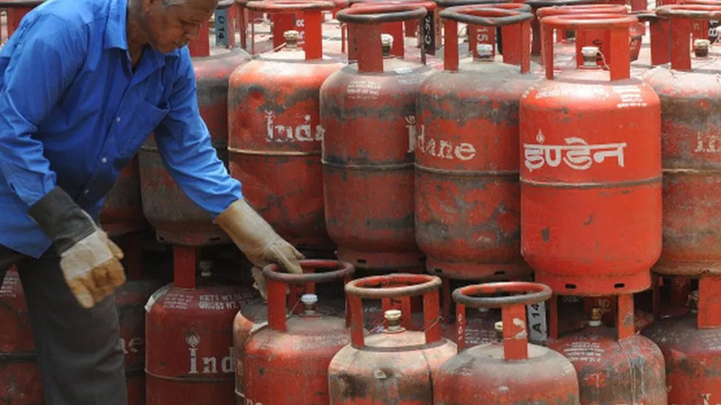 know how to check online gas booking lpg cylinder subsidy