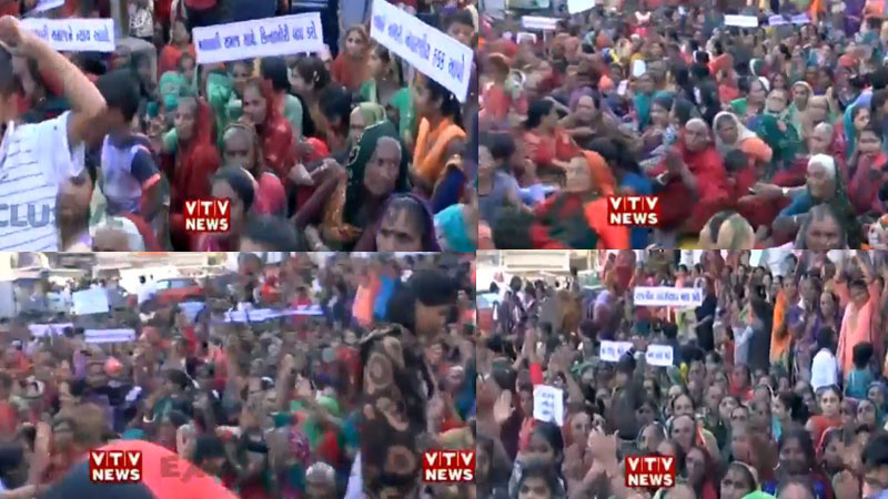 Protest in Gandhinagar by LRD woman candidate, TAT 1, 2 candidate