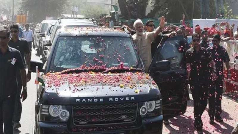 next generation toyota land cruiser joined in pm narendra modi official car convoy