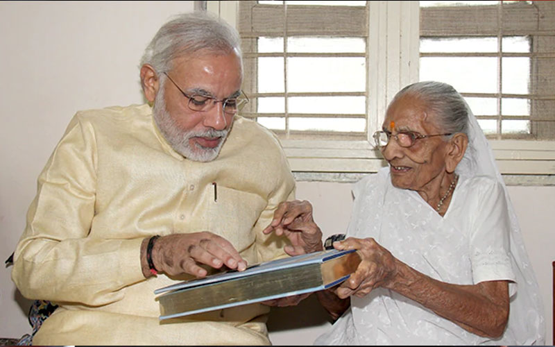 modi-will-be-going-to-gujarat-tomorrow-to-seek-blessings-of-his-mother
