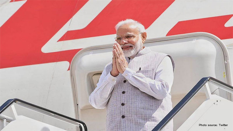 howdy modi in houston why trump will share the stage with modi