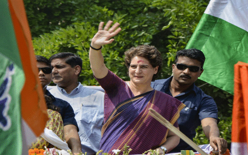 Lok Sabha Election 2019: Rahul Gandhi does not want taht sister priyanka face defeat in her maiden