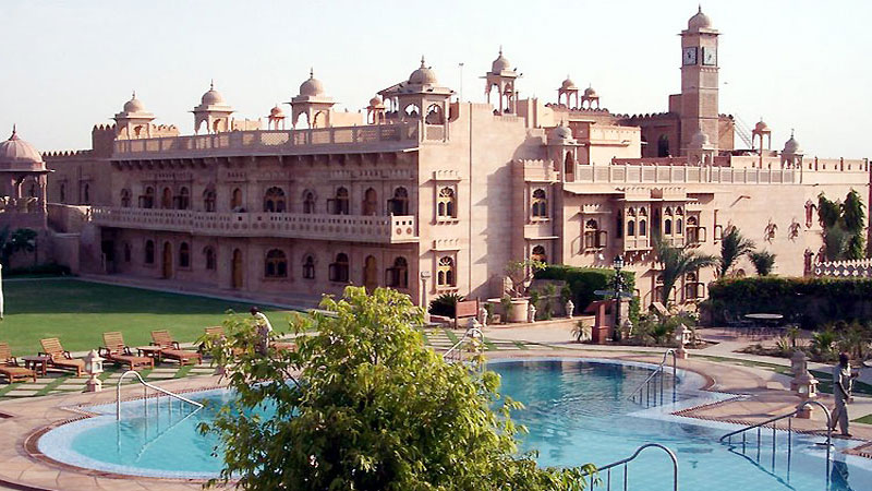 If you are fond of architecture visit Khimsar fort of Rajasthan