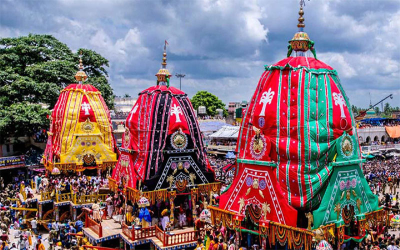 jagarnath puri rath yatra to begin today and devotees in large numbers have gathered