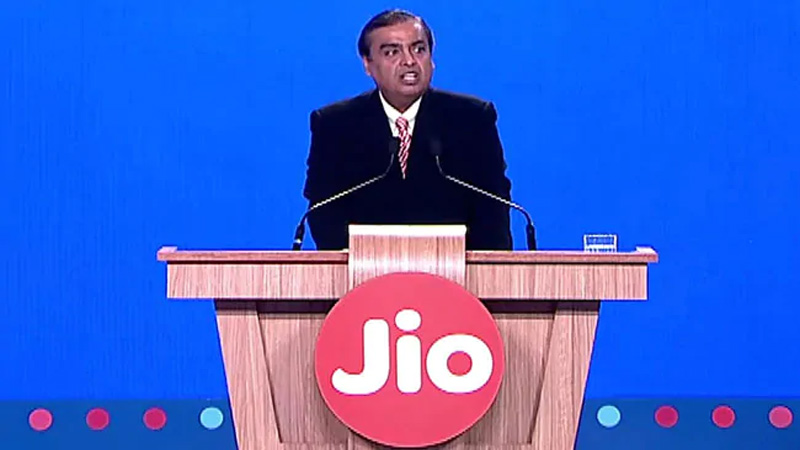 mukesh ambani address to share holders about the economy, JIO makes Record