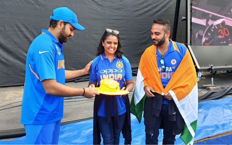 World Cup 2019 ind vs ban rpohit sharma six fan ball hit gift hat and signature to fan