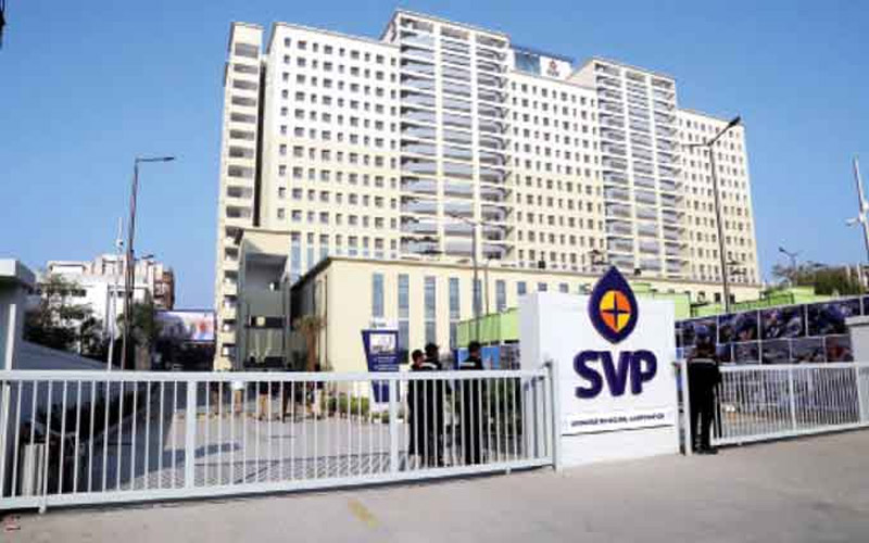 Ahmedabad-SVP-Hospital-Housefull-Patients-Treatment-Without-Returned