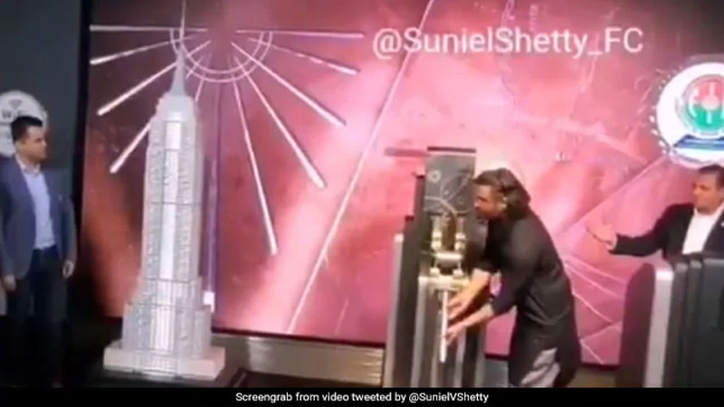 Suniel Shetty switched on Tri colour on the iconic Empire State Building