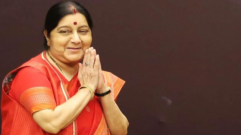 Husband, daughter, party ... Sushma Swaraj was handling all the positions together in such a good way