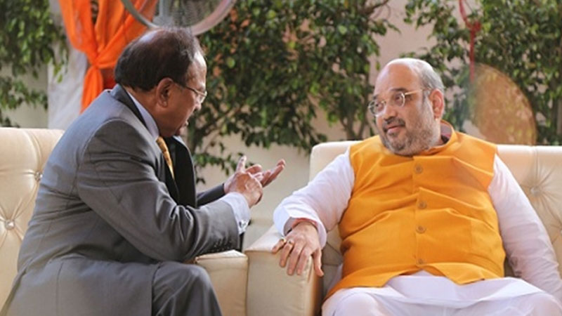 Amit Shah reviews situation of J&K