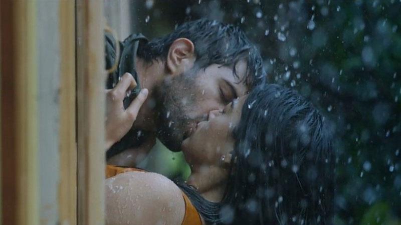 dear comrade rashmika mandana engagement break after kissing scene