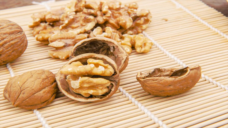 Eat 4 Walnuts Daily Keep Diseases Such As Cancer Diabetes Away