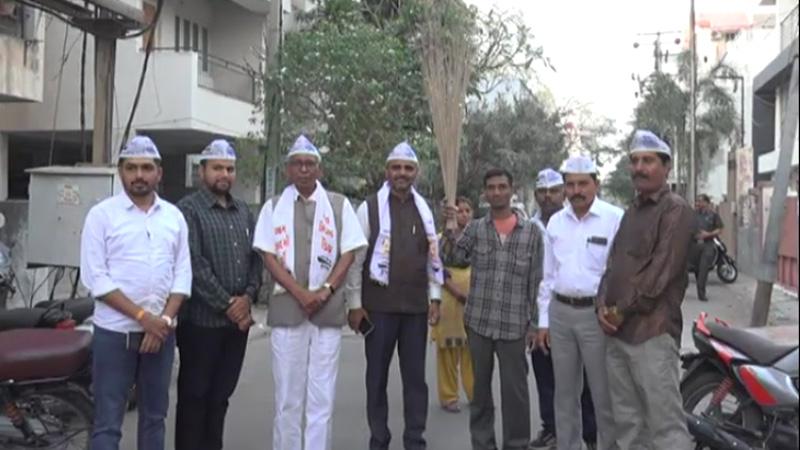 AAP leader Kishor Desai statement rajkot Gujarat politics