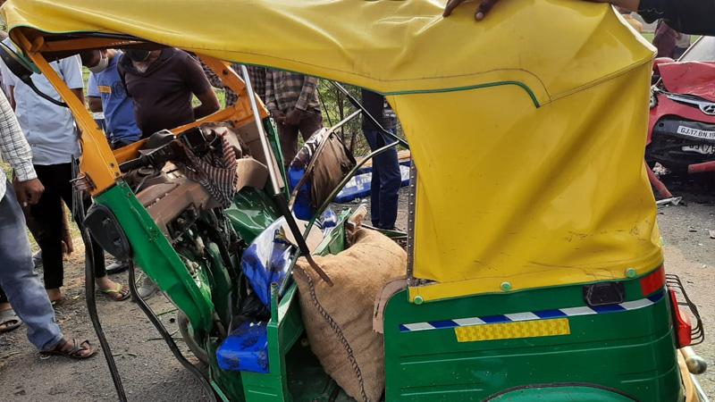 Four died Dholka-Bagodra road accident Ahmedabad