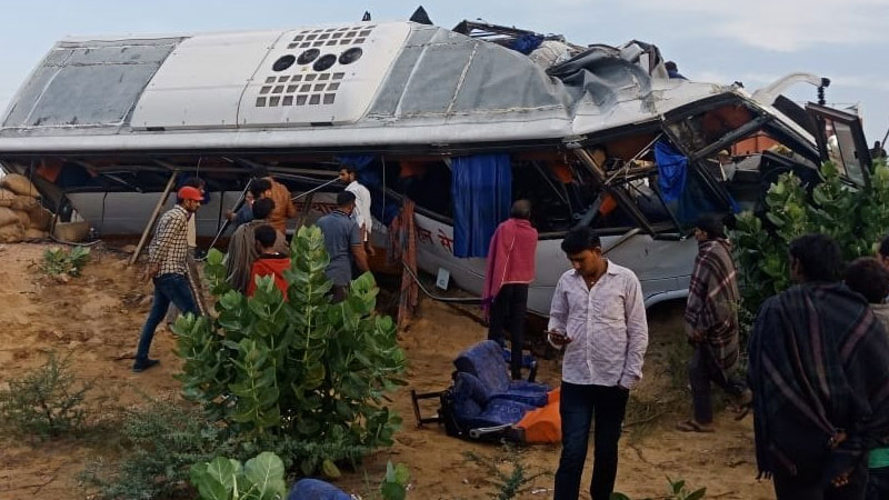 Rajasthan 10 killed in bus-truck collision on NH-11 in Bikaner several critically injured