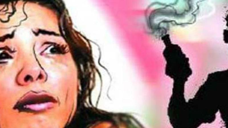 up gonda dalit minor sisters acid attack injured police investigation crime