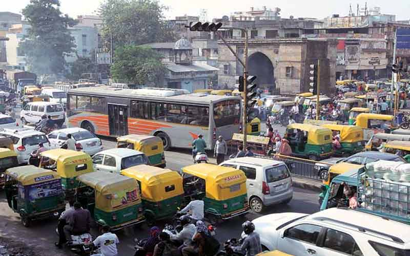 increase in Ahmedabad pollution, Air quality index up 100