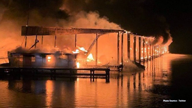 8 dead after fire ravages house boats marina in Alabama