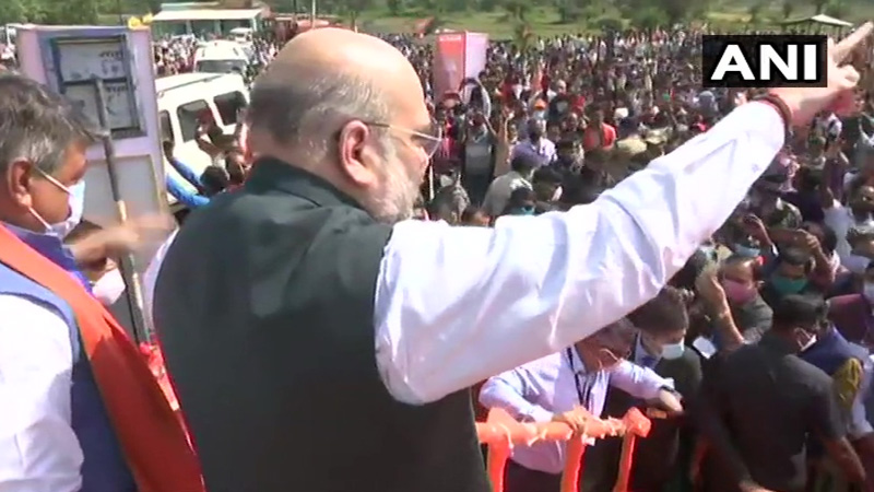 amit shah arrives in hyderabad ahead of civic elections polls bjp strength will be seen in road show
