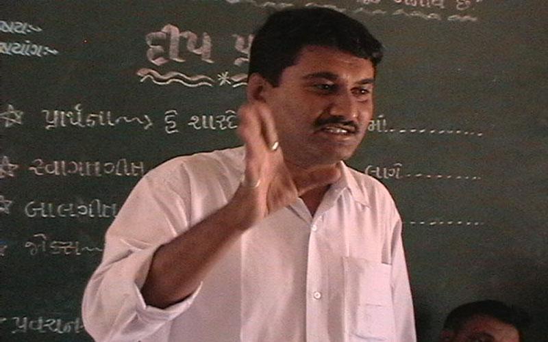 Ex-BJP MP Dinu Solanki guilty of killing RTI activist Amit Jethva