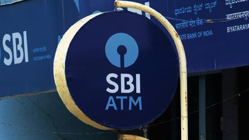 sbi customers are requested to be alert on social media  and not fall for any misleading and fake messages