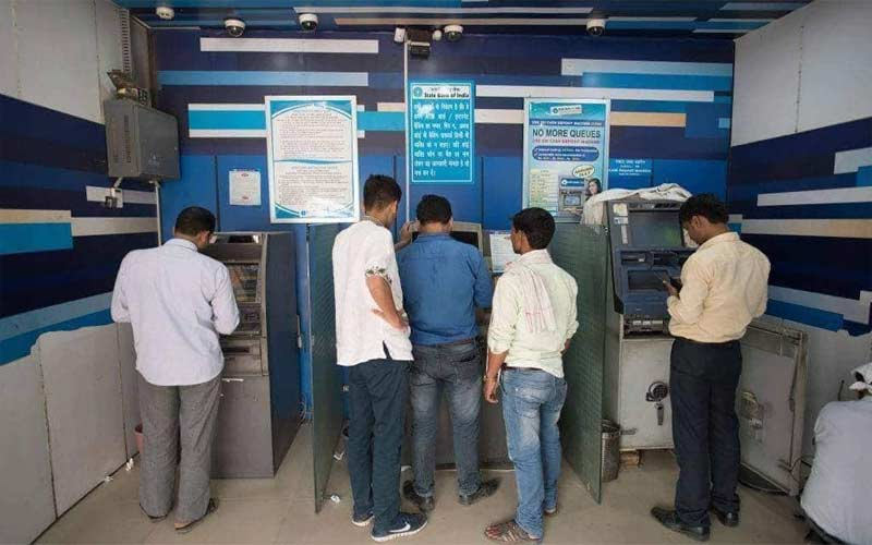 number of atms cash india reduces transactions continue to grow rbi