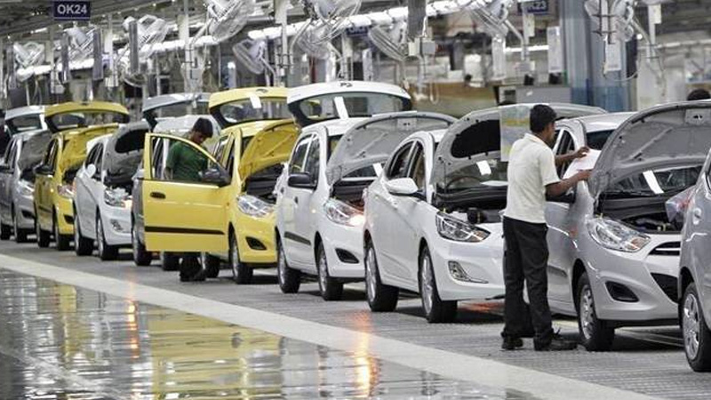 closure of manufacturing plants to cost over rs 2300 cr loss per day siam