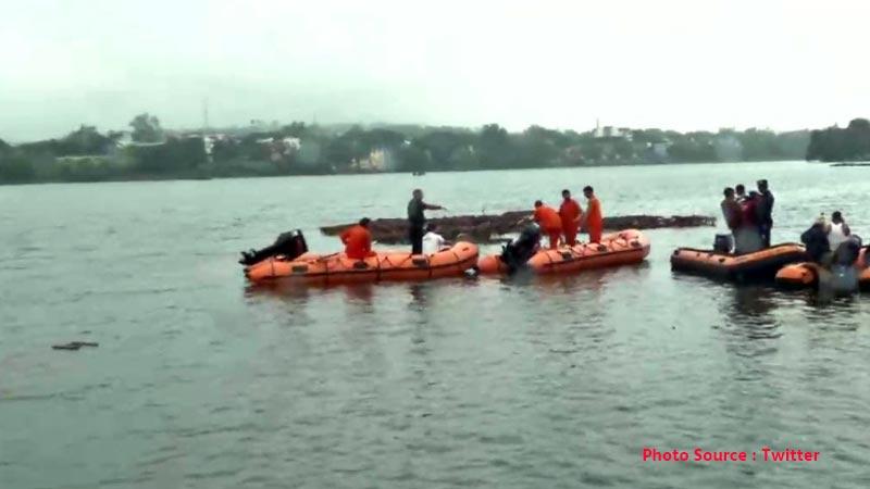 bhopal ganesh visarjan boat 11 death