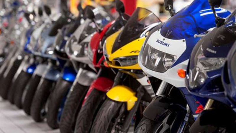 handholds and saree guards compulsory for bikes with pillion riders as per new rules check