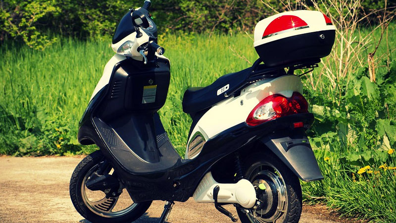 rent a scooter service in ahmedabad
