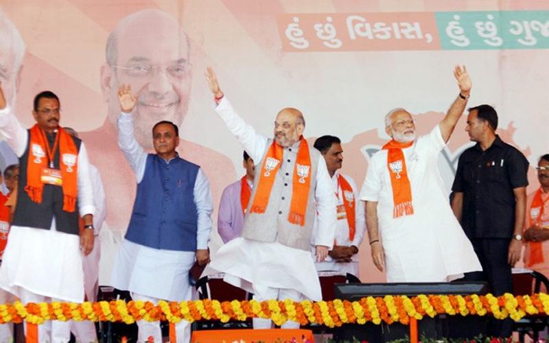 ગુજરાતમાં કોંગ્રેસના સુપડા સાફ, તમામ 26 બેઠકો પર ભાજપની જીત