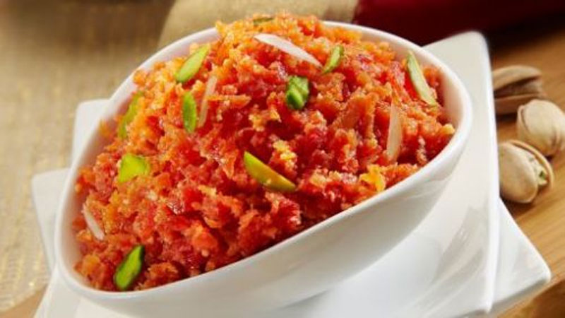 Make Healthy Carrot Halwa in Winter Season With Simple Steps