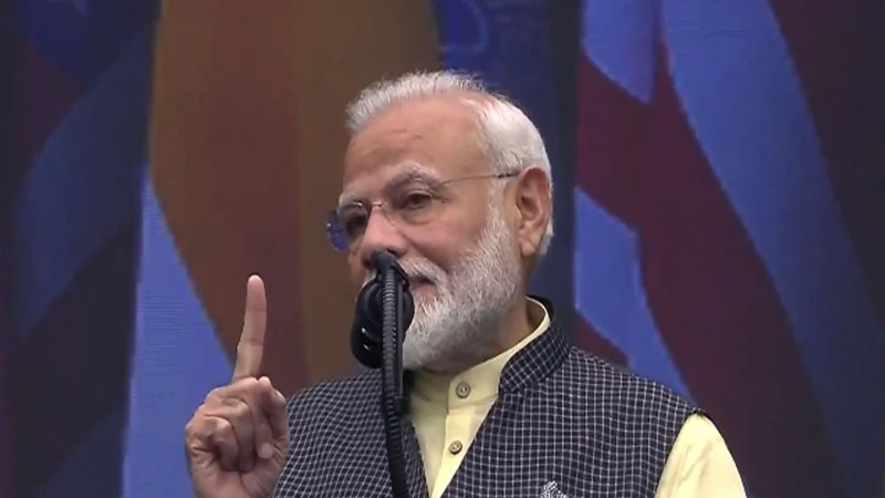 Howdy Modi : Narendra Modi says,'everything is fine,' in different Indian languages