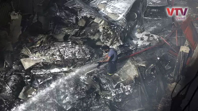 Pilot Of Karachi Plane That Crashed Near Airport Informed Of Lost Engines audio viral