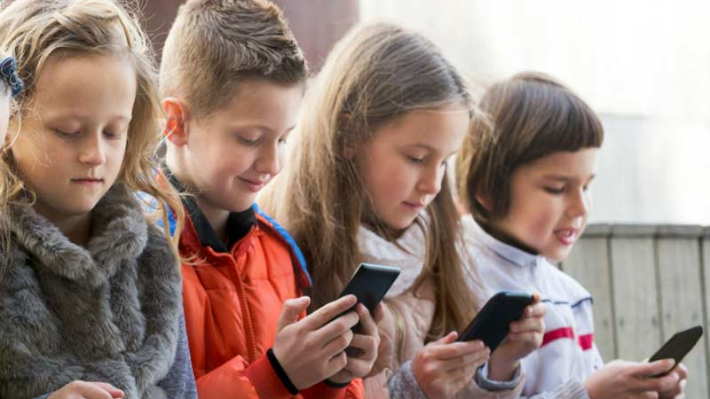 Kids are fast typing on smartphones