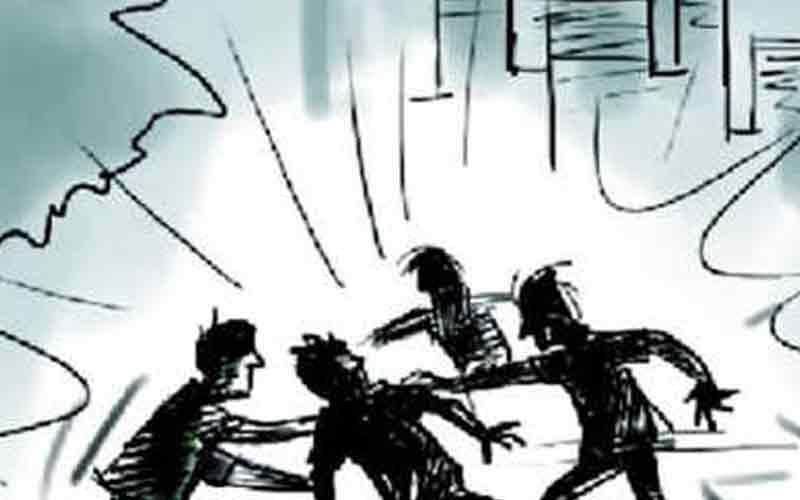 clash between eunuch and architect in Ahmadabad