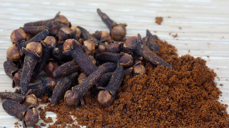 Health Benefits of clove in health problems